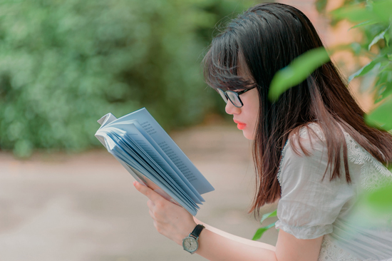 Bibliotherapy assists the mental health of students